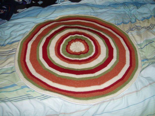 Round, stripy rug