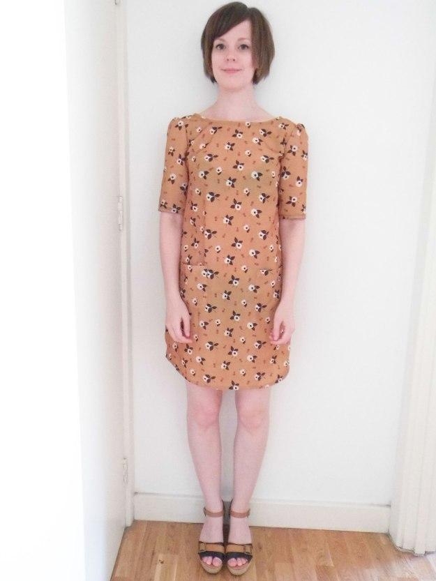Colette-Laurel-brown-pattern-1