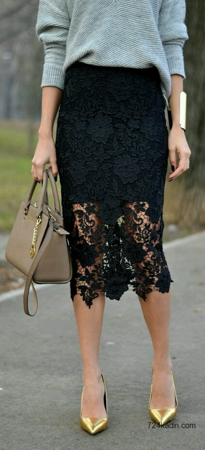 Lace Skirt 1