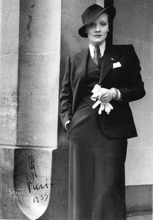 Marlene Dietrich suit 2