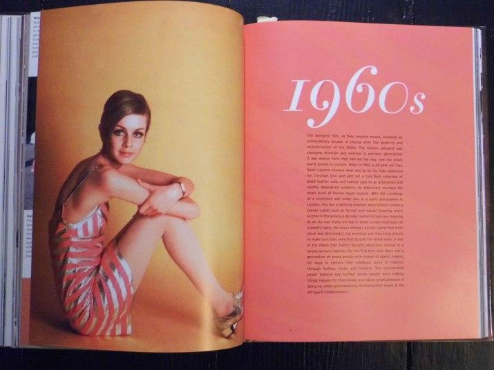 Vintage Fashion 1960s Twiggy