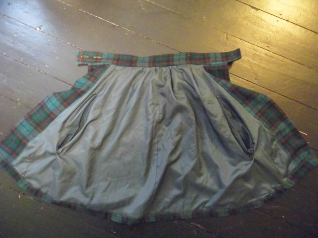 Skirt-to-Cape-Refashion-13