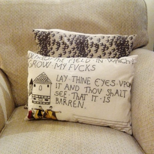 Meme cushion